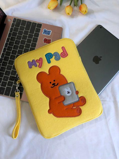 Pinturas Disney, Ipad Accessories, Accesorios Casual, Pencil Bags, Kawaii Shop, Airpod Case, Too Cool For School, Cute Bears, Cow Print