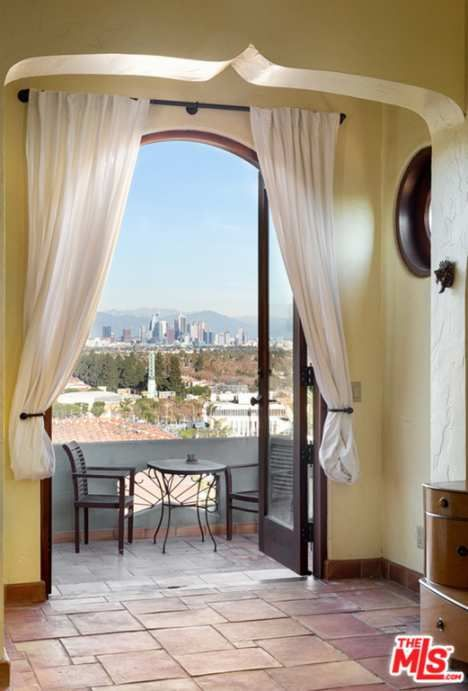 1930 View Park Ca 1 750 000 Old House Dreams Old House Dreams Los Angeles Real Estate House