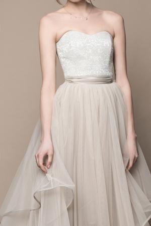Boho Brautkleid Im Angesagten Vintage Stil Beige Taupe Creme