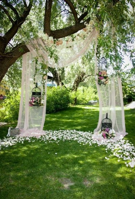 wedding ideas outdoor / wedding ideas & wedding ideas on a budget & wedding ideas country & wedding ideas elegant & wedding ideas fall & wedding ideas outdoor & wedding ideas summer & wedding ideas romantic Outdoor Wedding Decorations, Rustic Wedding Backdrops, Outdoor Rustic Wedding Ideas, Outdoor Wedding Ceremonies, Wedding Outdoor Ceremony, Diy Wedding Arch Flowers, Curtain Backdrop Wedding, Simple Wedding Arch, Homemade Wedding Decorations