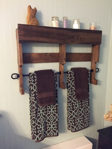 This 32 Inch Bathroom Towel Rack And Shelf Can Easily Be Used In A Kitchen The Rack Is Made From Tota Reclaimed Pallet Wood Pallet Bathroom Shelf Wood Pallets
