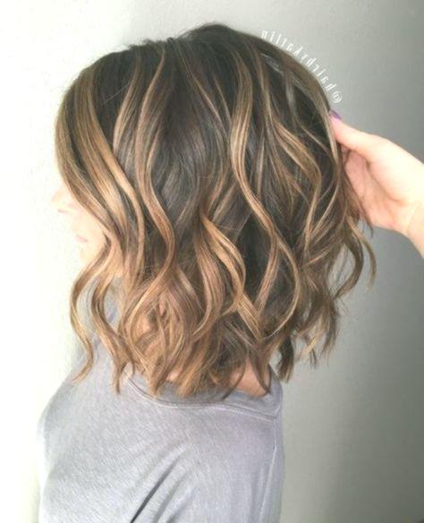 Bildergebnis Fur Frisuren Schulterlang Braun Einfache Frisuren Medium Length Wavy Hair Medium Hair Styles Hair Styles