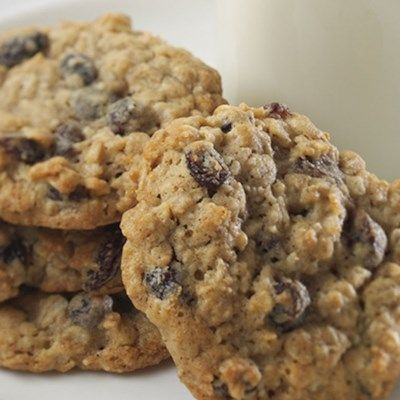 Crispy Chewy Oatmeal Raisin Cookies Recipe Oatmeal Raisin Cookies Chewy Cookie Recipes Oatmeal Raisin Oatmeal Raisin Cookies