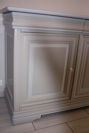 Comment peindre un meuble vernis ? Salons