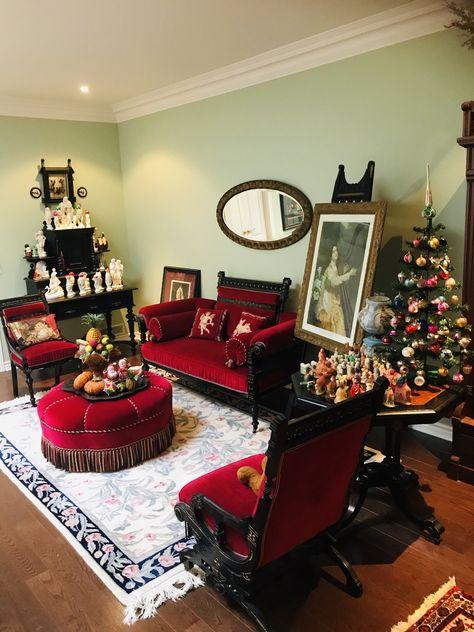 CHRISTMAS ORNAMENTS,FREE SHIP 12 VINTAGE CRYSTAL LOOK BEADED ARTIFICIAL BANANAS