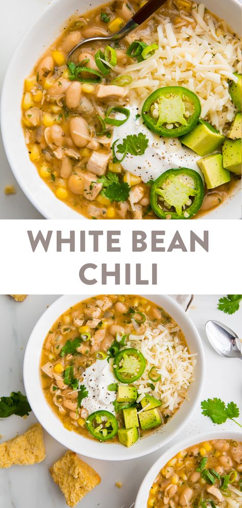 This white bean chili is just perfect! It's absolutely loaded with flavor, easy to make, creamy, and super filling. It's healthy and really the best white bean chili out there! Chili Recipes, Soup Recipes, Chicken Recipes, Vegetarian Recipes, Cooking Recipes, Healthy Recipes, Easy Bean Recipes, Healthy Beans, Beans Recipes