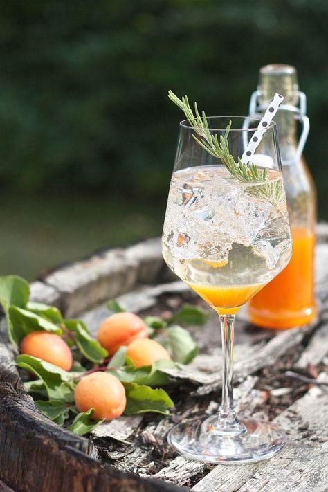 Marillen Spritzer Rezept Pfirsich Bowle Marillen Und Pfirsich