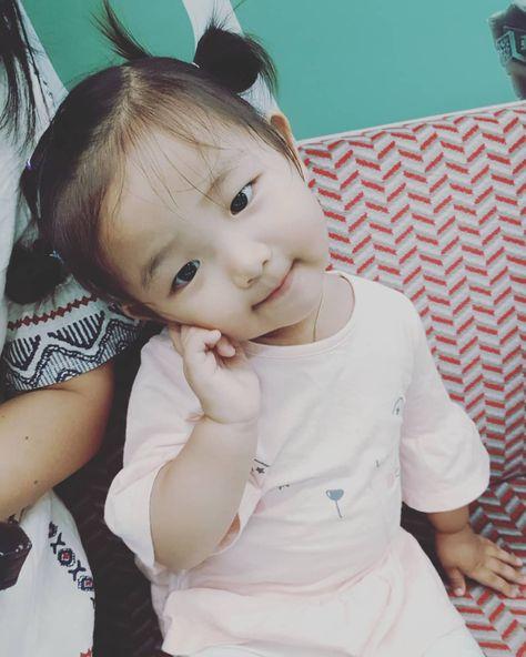 #첫줄  #loveyul #love #baby #23개월아기 #율블리 #율타민 #세젤귀 #명절 #추석 #기차타고 #남원 #할머니댁 #신나요  #딸바보 #귀염둥이 #사랑둥이 #사랑해내새끼 #행복그램