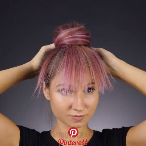 DIY Hairstyle Video Tutorial Download our android app play.google.com/… Video: 5-Minute Craft Girly Source by diyvideotutorial