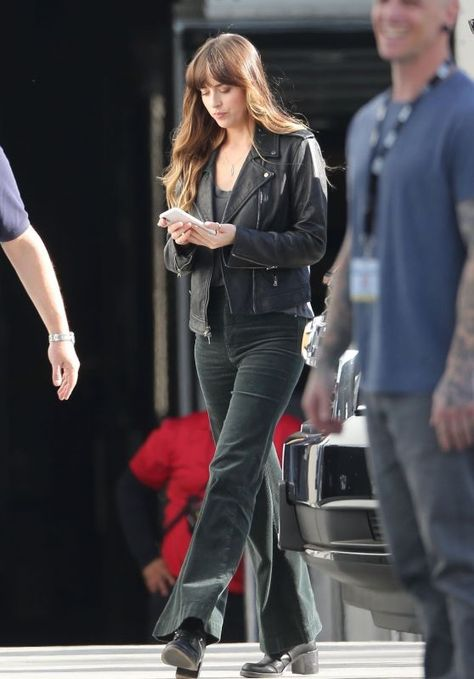 "Dakota Johnson – ""Covers"" Set in Los Angeles 07/15/2019 - Dakota Johnson -"