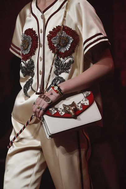 Gucci Spring 2017 Ready-to-Wear Fashion Show - Gucci Spring - Ideas of Gucci Spring. - Gucci Spring 2017 Ready-to-Wear Collection Vogue