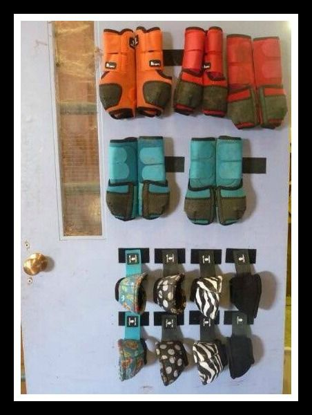 How to store your horses' schooling boots! Velcro Straps! BRILLIANT!!!!