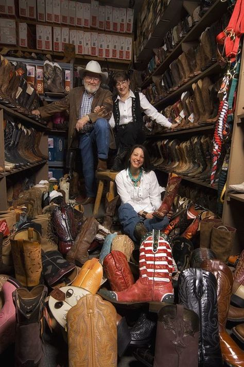 Spot your cowhand's favorite tack! Watsonatta Western World has a huge selection of western shirts, denim jeans, footwear and toys, to boot! Located at 711 W. King St. | Downtown Boone, NC