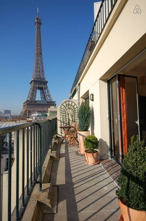 Branly Beautiful Eiffel Tower View Airbnb