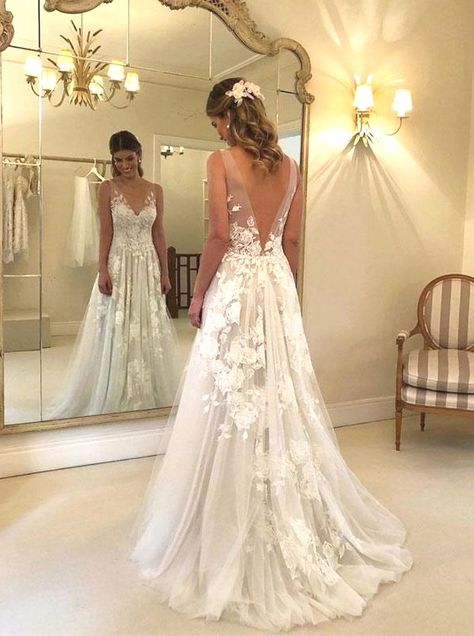 tulle wedding gowns,A-line wedding dresses open up back again,stunning wedding gowns,Illusion BRIDAL