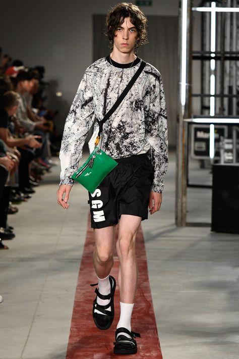 MSGM Spring 2017 Menswear Collection Photos - Vogue