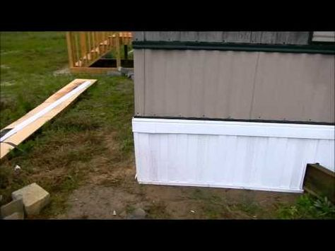 ▶ Mobile Home Aluminum Skirting Install Demo by Frenchy's Skirting - YouTube