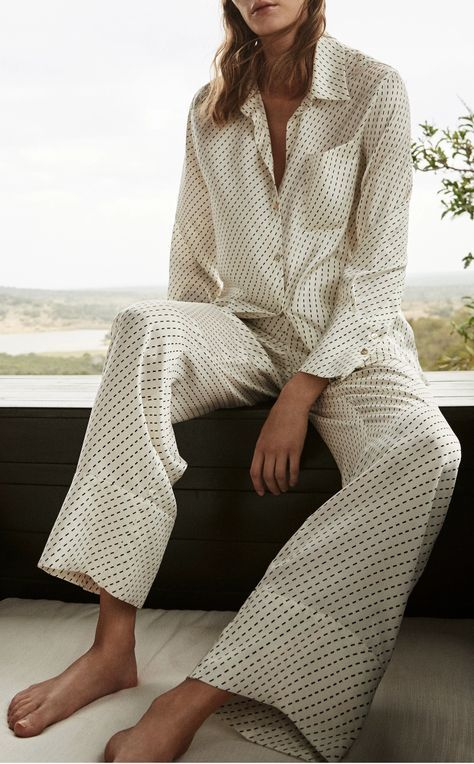 This **Asceno** Silk PJ Top features a standard collar, a front button placket, and rendered in silk.