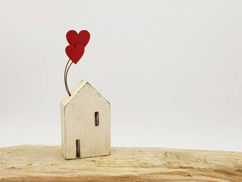 Little wooden Cornish cottage with love heart balloon Gifts