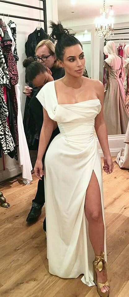 Kim Kardashian Kim Kardashian Wedding Dress Kim Kardashian