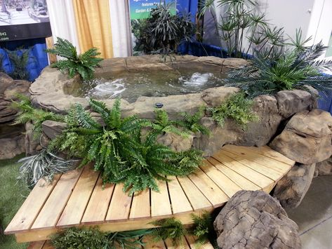 Small Rock Hot Tub / Spa