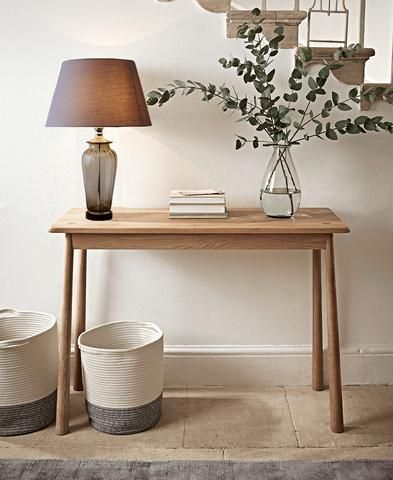 Console Table Decor Table Lamps To Choose From Oak Console Table Console Table Hallway Scandinavian Furniture Design