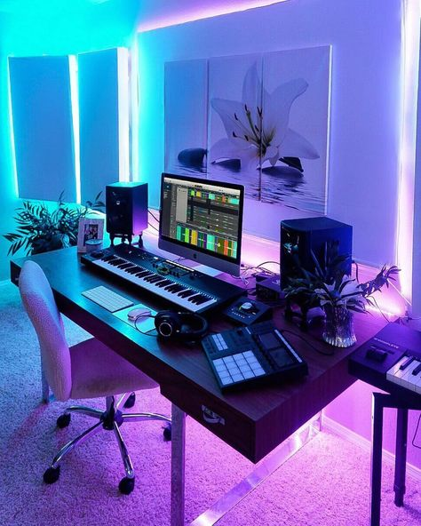 Looking for some modern home studio design options? Here are 10 of our favourite music production studio setups from this year. Music Studio Decor, Home Recording Studio Setup, Home Studio Setup, Studio Desk, Home Recording Studios, Dj Setup, Room Setup, Office Setup, Home Studio Musik