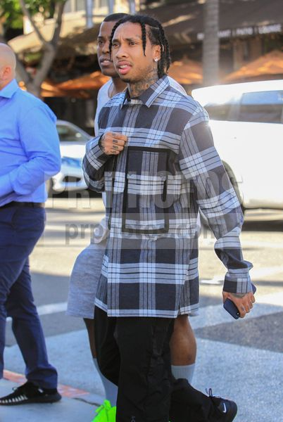 Tyga Sighted In Los Angeles On November 9 2018 Vintage Sweater Outfit Tyga Hip Hop Fashion