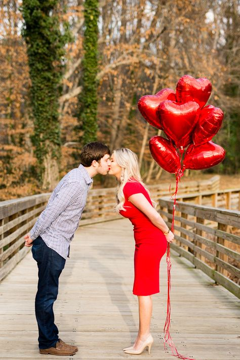 valentines day photography Valentine Minis with a couple in Atlanta, Georgia with Gossett Photography