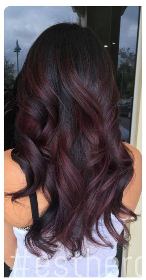 Red Highlights In Brown Hair, Brown Hair Balayage, Dark Red Brown Hair, Burgundy Balayage, Caramel Highlights, Brown Hair Red Lowlights, Brown Hair Red Tips, Dark Maroon Hair, Long Layered Hair