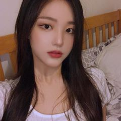 Image may contain: one or more people, selfie, closeup and indoor | 얼짱 소녀,  아시아의 아름다움, 소녀