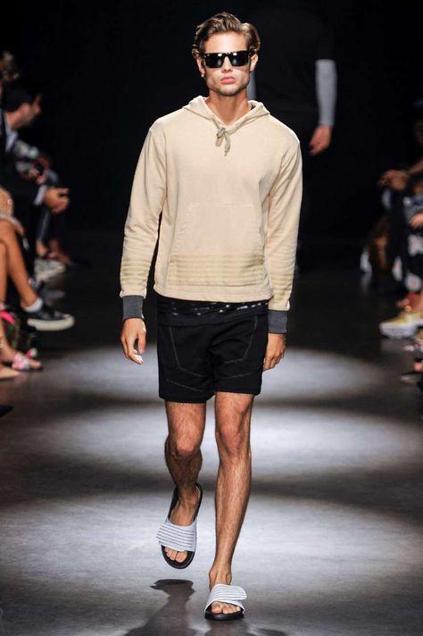 da598f14316c Apostando por el dinamismo actual de la moda urbana