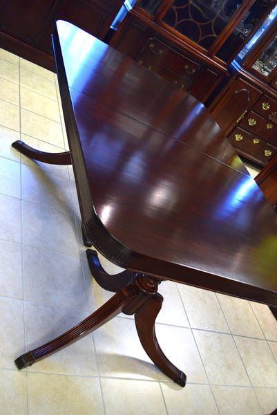 Bernhardt Furniture Co Lenoir North Carolina Solid Mahogany Double Duncan Phyfe Dining Table With 3 Unskirted