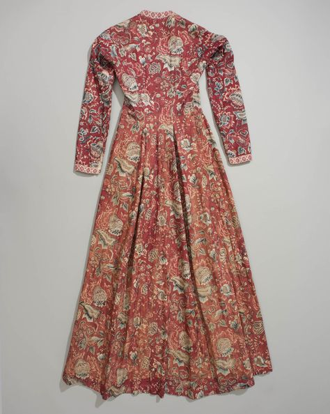 Back of wentke, made of Indian cotton chintz, lined with linen. Hindeloopen, Friesland, Netherlands, 18th century.