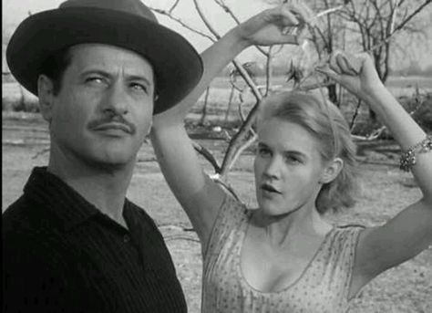 Eli Wallach with Carol Baker in Baby Doll (With images ...