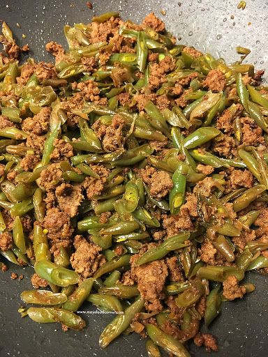 Sauteed Green Beans With Ground Beef Beef And Green Beans Recipe Recipes With Beef And Vegetables Diabetic Recipe With Ground Beef