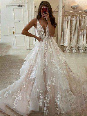 Ivory Lace Wedding Dress, V Neck Wedding Dress, Cute Wedding Dress, Wedding Dress Trends, Princess Wedding Dresses, Best Wedding Dresses, Bridal Lace, Bridal Dresses, Wedding Ideas