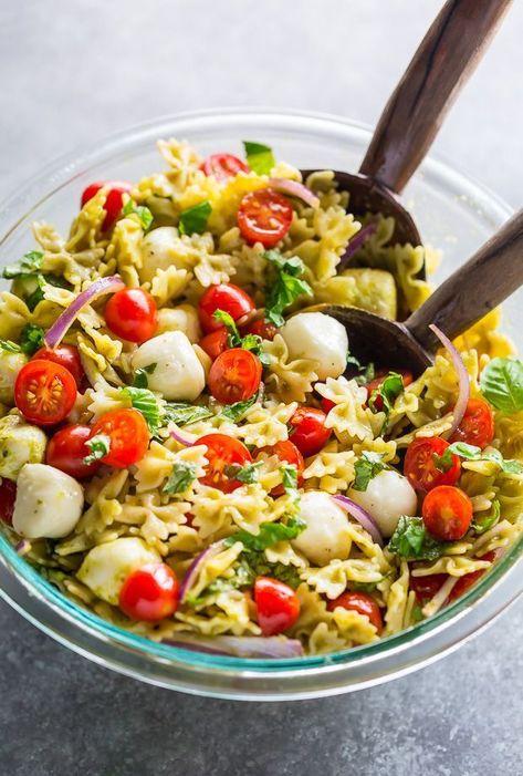 20-Minute Tomato, Basil, and Mozzarella Pasta Salad