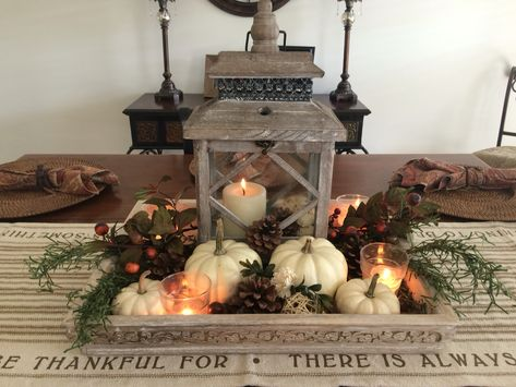Fall dinning room table center piece decor.