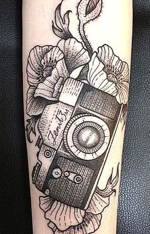 Top 9 Camera Tattoo Designs And Pictures Styles At Life In 2020 Camera Tattoos Vintage Camera Tattoos Camera Tattoo Design