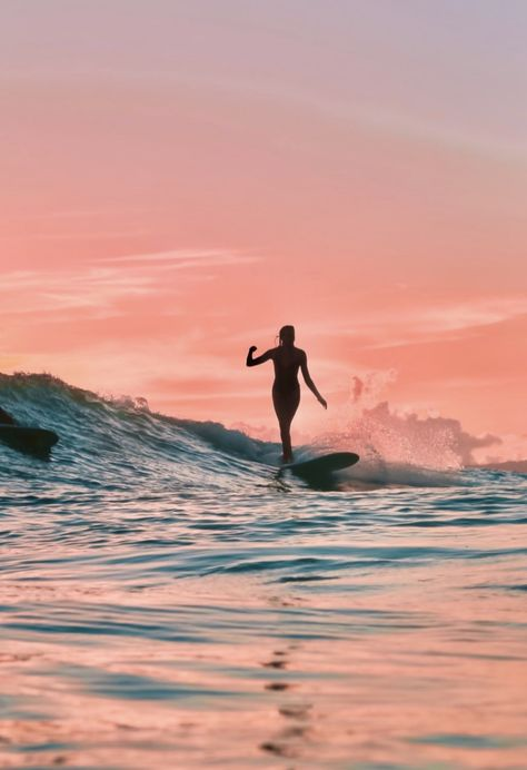 Surf Discover SURFING PINK Beautiful sunset picture from taken by the amazing Beach Aesthetic, Summer Aesthetic, Surf Van, Beautiful Sunset Pictures, Surfing Pictures, Photo Wall Collage, Aesthetic Pictures, Summer Vibes, Summer Surf