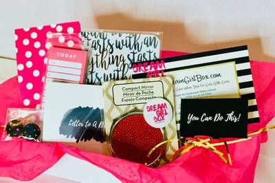 Dream Girl Box Is A Monthly Subscription Box For Girls Of All Ages With Goals You Motivational Mentor In A Subscription Boxes For Girls Box Subscription Boxes