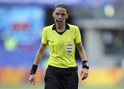 FILE - In this Saturday, June 29, 2019 file photo, Referee Stéphanie Frappart of France during the of the Women's World Cup quarterfinal soccer match between Germany and Sweden at Roazhon Park in Rennes, France. (AP Photo/David Vincent, File) ▼2Aug2019AP|First female referee to officiate European Super Cup