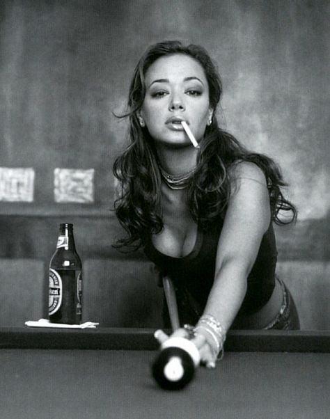 """Leah Remini- she's a b***h like me, a lot intimidating and I would be afraid to sit at her table.. """"please be my friend, Leah!"""""""