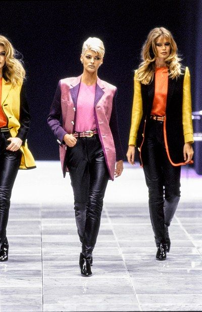 Linda Evangelista, Claudia Schiffer, Versace Fall 1991 Ready-to-Wear Collection Photos - Vogue