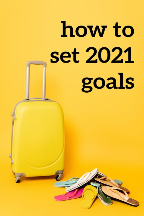 Learn How To Set 2021 Resolutions — Make This Year The Best Yet! Have you thought about your 2021 resolutions yet? The new year can be an excellent occasion to think about what is possible with 2021 goal setting. #2021resolutions #goalsetting #newyearsresolutions New Years Resolution Funny, Life Goals List, New Year Goals, Managing Your Money, Budgeting Tips, Setting Goals, How To Stay Motivated, Money Saving Tips, Self Improvement