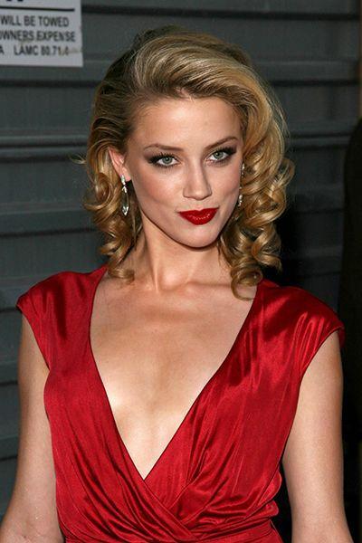 Amber Heard Classic Hairstyle Beautiful Celebrities In 2020 Classic Hairstyles Amber Heard Photos Amber Heard