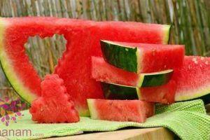 تفسير البطيخ الاحمر و الاصفر في المنام 16 In 2020 Watermelon Benefits Watermelon Day How To Grow Watermelon