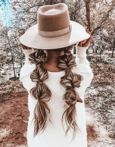 Boho Hairstyles For Long Hair, Cute Braided Hairstyles, Braids For Short Hair, Hat Hairstyles, Pretty Hairstyles, Long Hair Dos, Short Hair With Hat, Braids For Girls, Cute Down Hairstyles