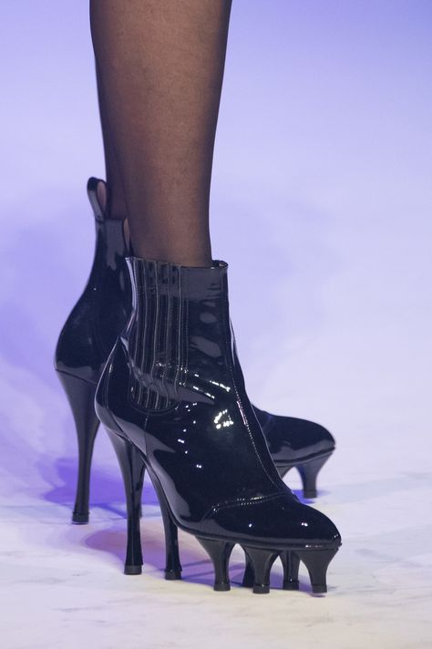 Jean Paul Gaultier at Couture Spring 2020 - Details Runway Photos